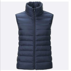 Uniqlo Ultra Light Down Vest in Black - XS